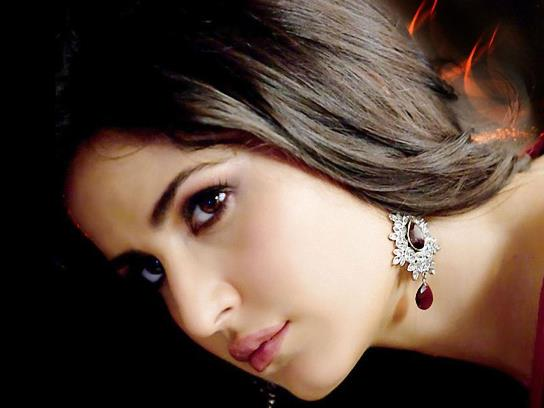 New Katrina Kaif Beautiful HD Wallpaper