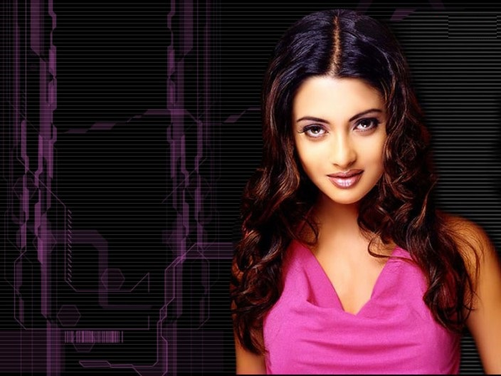 HD Wallpapers of Riya Sen