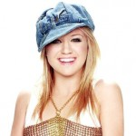 Kelly Clarkson Biography, Pictures and List of Hit Songs by Kelly Clarkson