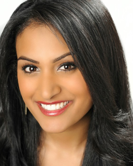 Nina Davuluri Wins the Final of Miss America 2014