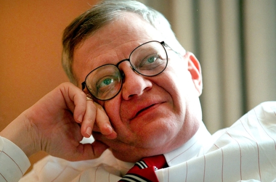 Famous American Author Tom Clancy Passes Away