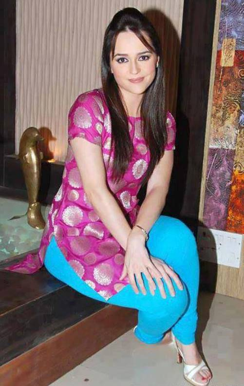 Beautiful paki girls pic are not