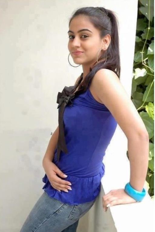 Indian Cute Girls Wallpapers For Mobiles
