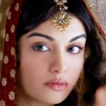 Indian Girls Wallpapers for mobiles