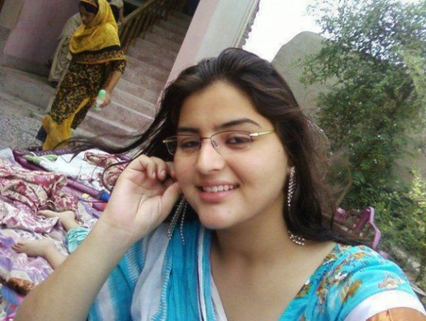 Pakistani Beautiful Girls