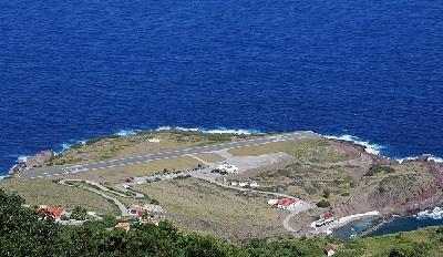 Juancho E. Yrausquin Airport Saba Island