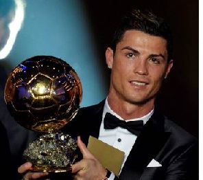 Cristiano Ronaldo Won FIFA Best Player Award 2013