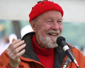 US Folk Singer Pete Seeger Passes Away at 94