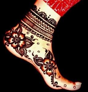 Beautiful Foot Mehndi designs for Women