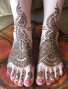 Latest Foot Mehndi Designs for Women 2014