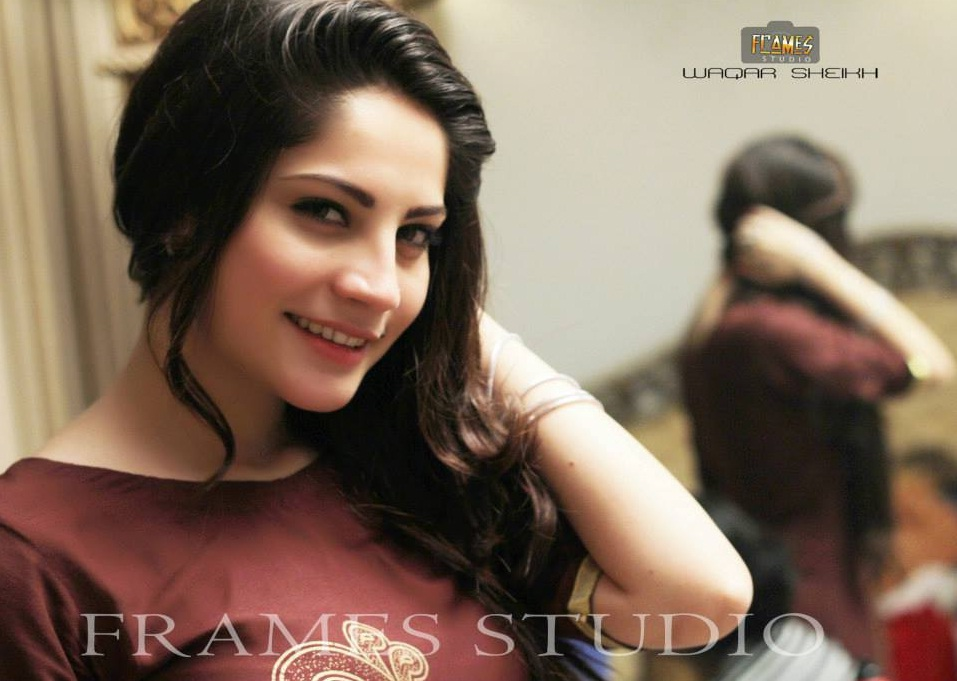 Lahore Girls Wallpapers | Pakistani Girls