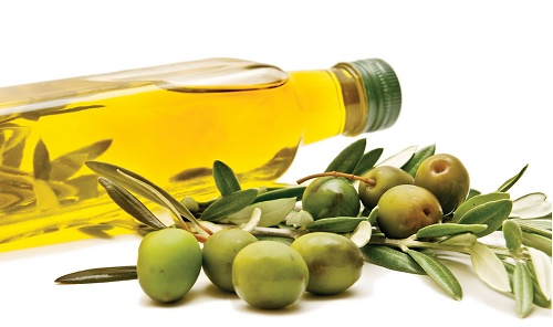 Olive Oil for dandraf free hair
